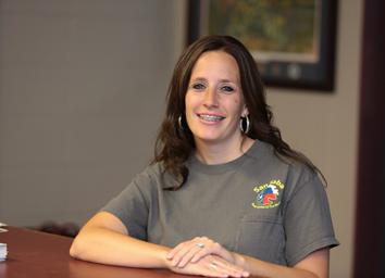 Shayna Norris, Customer Service Representative